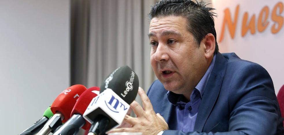 Luis Mariano Santos: «El principal reto es unir todas las familias leonesistas; luego, recuperar el electorado»