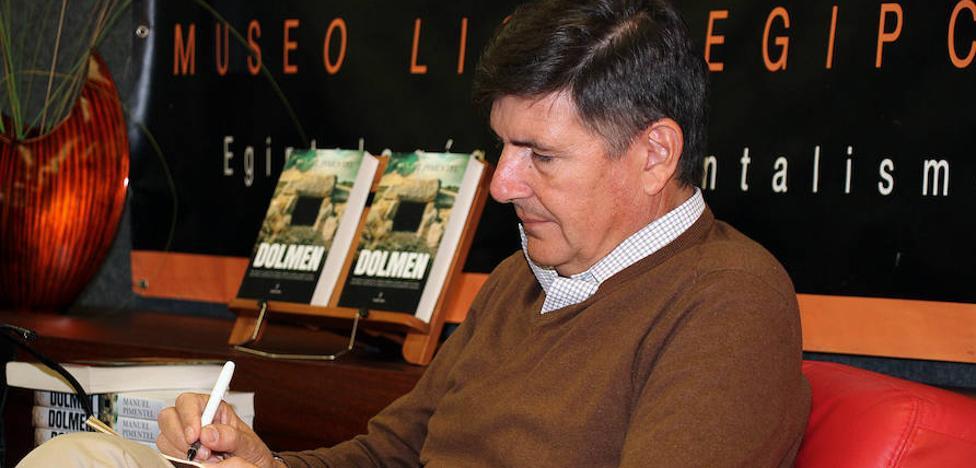 Manuel Pimentel confía desde León que el 21D sea «una llamada a la serenidad» para volver a empezar «con más cordura»