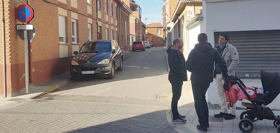 La calle 'Los Nogales' de Villaobispo tendrá salida a la 'Carretera de Santander'
