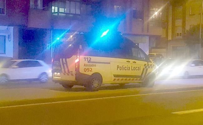 Atropellan a un octogenario cuando cruzaba un paso de cebra en Fernández Ladreda