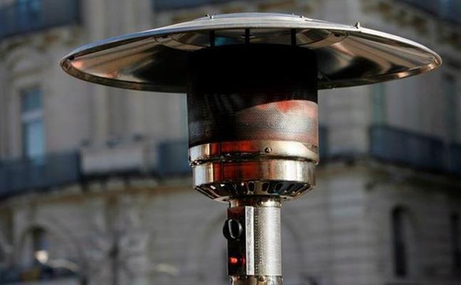 Madrid estudia prohibir las estufas de gas en terrazas por contaminación