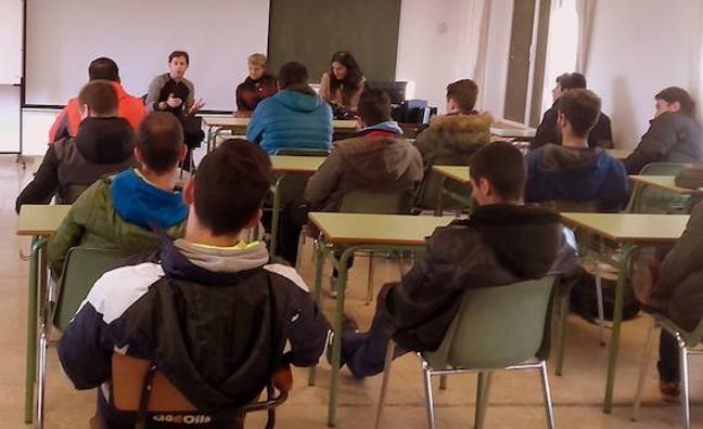 La Escuela de FP de La Robla y los empresarios del Alto Bernesga apuestan por crear valor