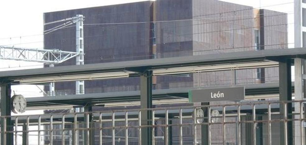 El PSOE denuncia la infrautilización del centro de control del AVE desde hace cuatro años