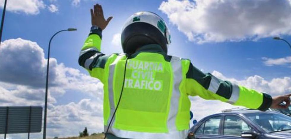 Los guardias civiles de Tráfico inician una huelga de ´bolis caídos´