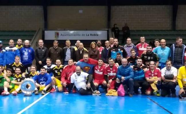 El Atlético Paramés se proclama campeón de la Copa Diputación de balonmano