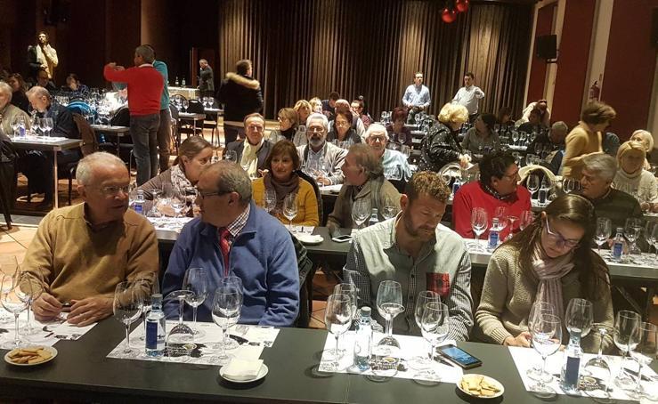 Cata de vinos Cuatro Rayas organizada por El Norte de Castilla