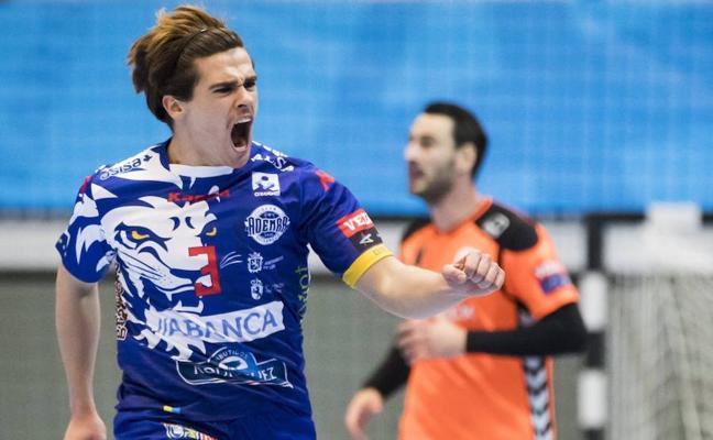 Mario López, en el siete ideal de la jornada de Champions