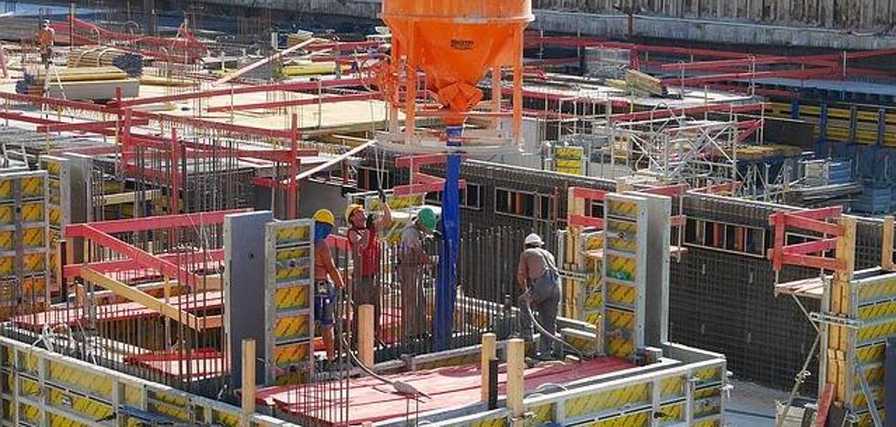 La construcción leonesa deja de ser «el sector maldito» y repunta en precios, obras nuevas y rehabilitaciones