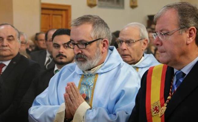 Ofrenda floral y vigilia diocesana para preparar la solemnidad de la Inmaculada Concepción