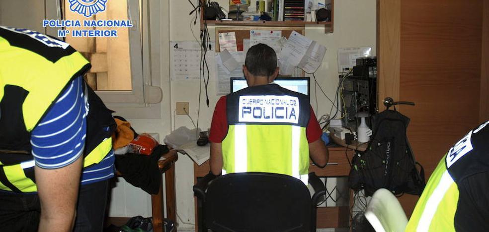 Detenido un hombre en Sevilla que pedía vídeos eróticos por internet a 140 menores
