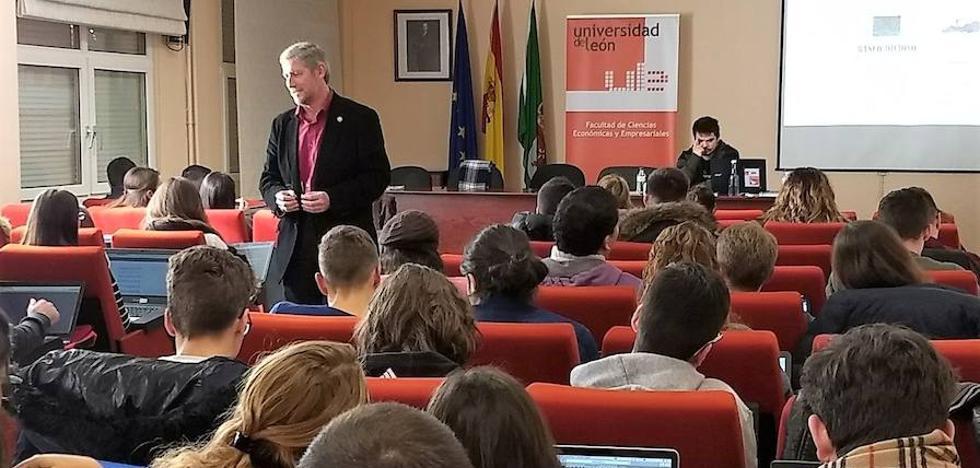 La Facultad de Económicas de la ULE acoge un taller sobre 'Educación Financiera'