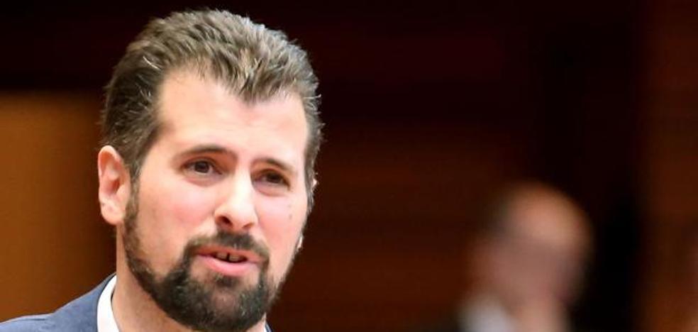 Tudanca expresa la esperanza de los socialistas en la reforma de la Constitución