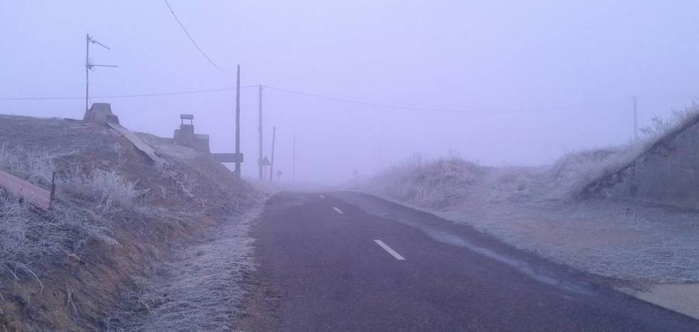 Los bancos de niebla dificultan el tráfico en 4 tramos viarios de la provincia de León
