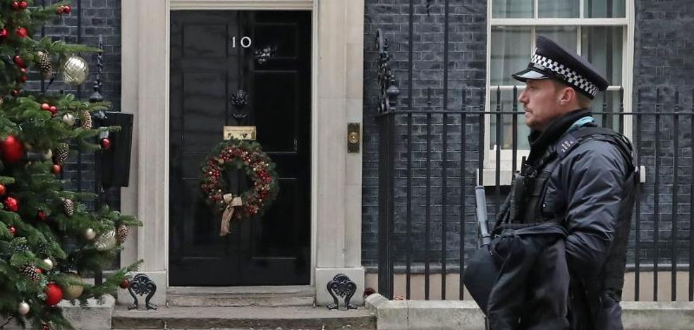 Un islamista de 20 años quería matar a Theresa May en Downing Street