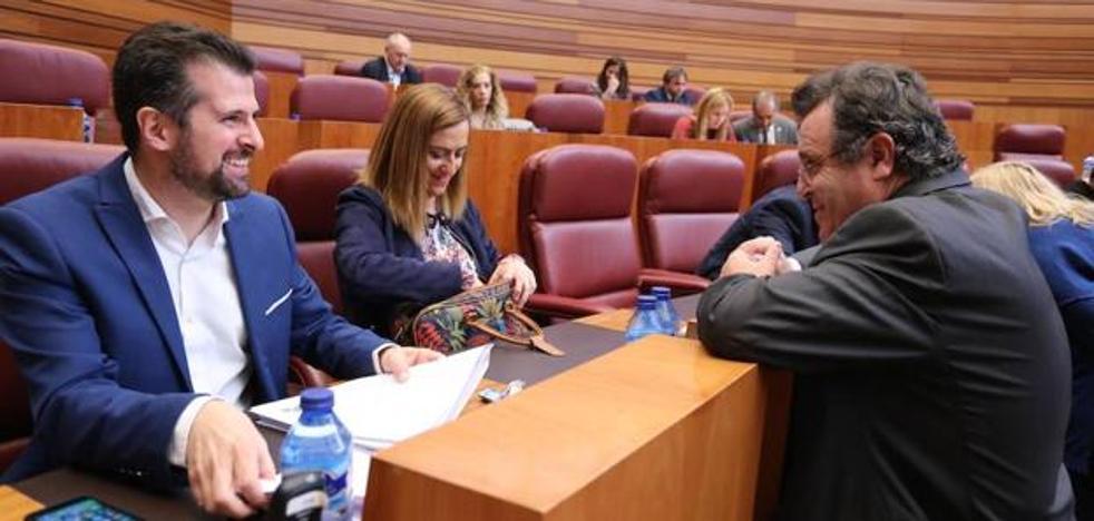El PSOE denuncia la apuesta de la Junta por la FP que imparten centros privados