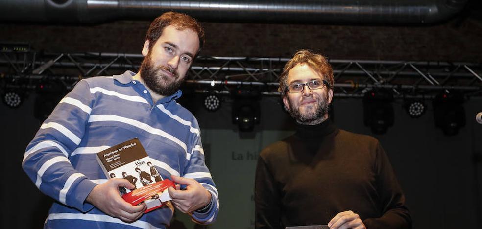 Manuel Recio recopila en su obra 'Atardecer en Waterloo' la historia de los Kinks