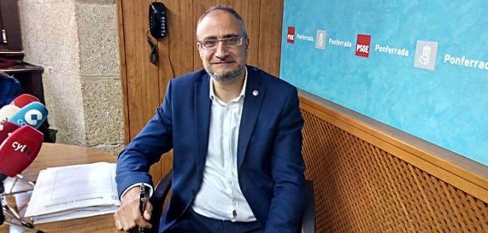 El PSOE de Ponferrada pide la retirada de los cuadros de los alcaldes franquistas de la ciudad