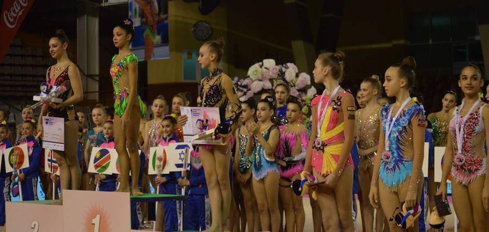Dos gimnastas del Ritmo ganan el Torneo Internacional
