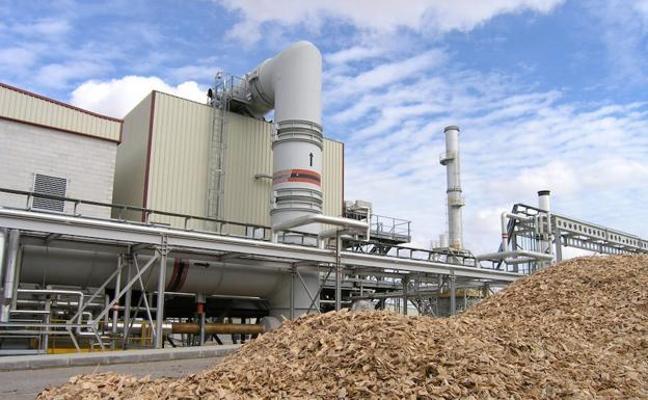 Somacyl licita por 4,1 millones la construcción de la red de calor con biomasa en Ponferrada