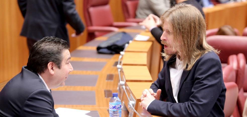 El PP rechaza en las Cortes asumir residencias y centros de discapacidad de ayuntamientos y diputaciones