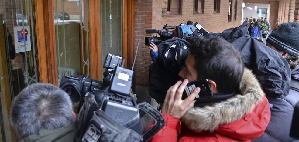 Los tres jugadores de la Arandina llegan al Juzgado de Aranda de Duero para prestar declaración