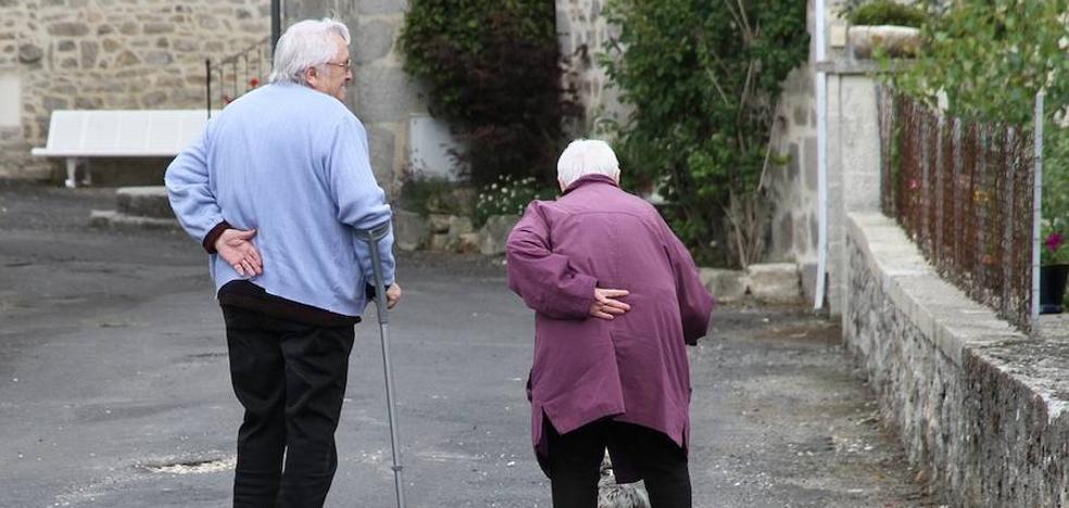 El envejecimiento de León se acelera: la población de niños hasta diez años iguala a la de mayores de 80 años