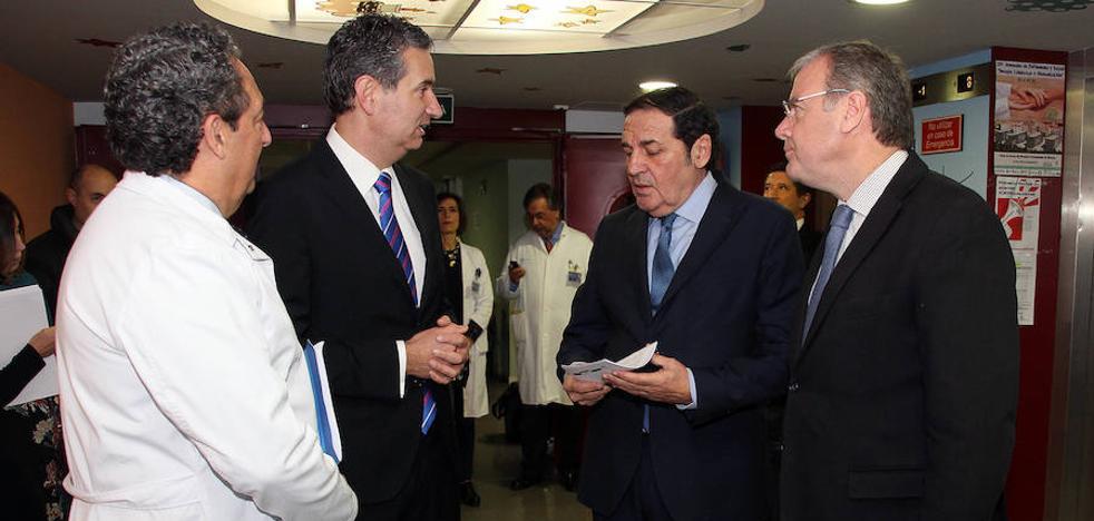 Sanidad invierte 3,6 millones en el Hospital de León y prepara 4,5 para la apuesta durante 2018