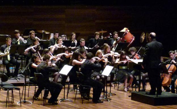 La ULE ofrece un concierto de Navidad con la Orquesta y banda de ...