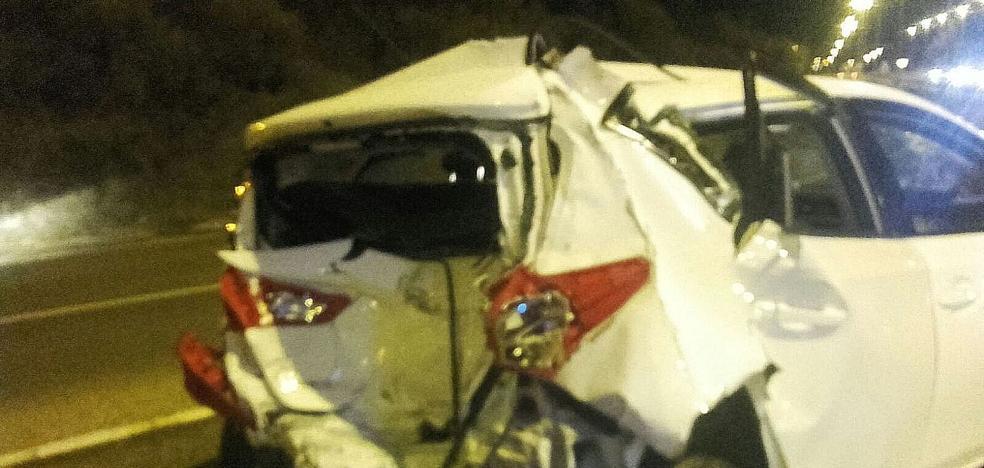 Un aparatoso accidente en el cruce de Oteruelo se salda con cuatro heridos