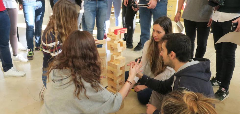 La VI edición del 'Team Building Games' recoge 200 kilos de alimentos