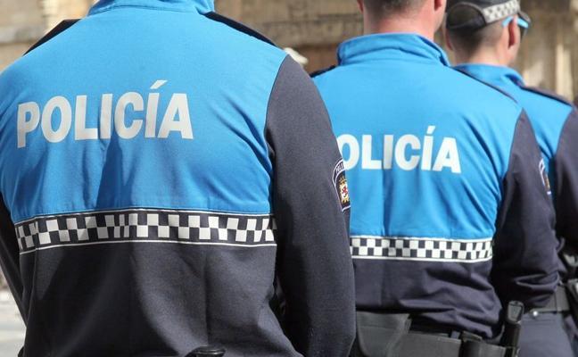 La Policía Local de Astorga identifica a dos jóvenes por cometer actos vandálicos