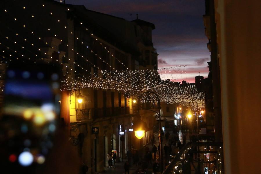 Atardecer navideño en León