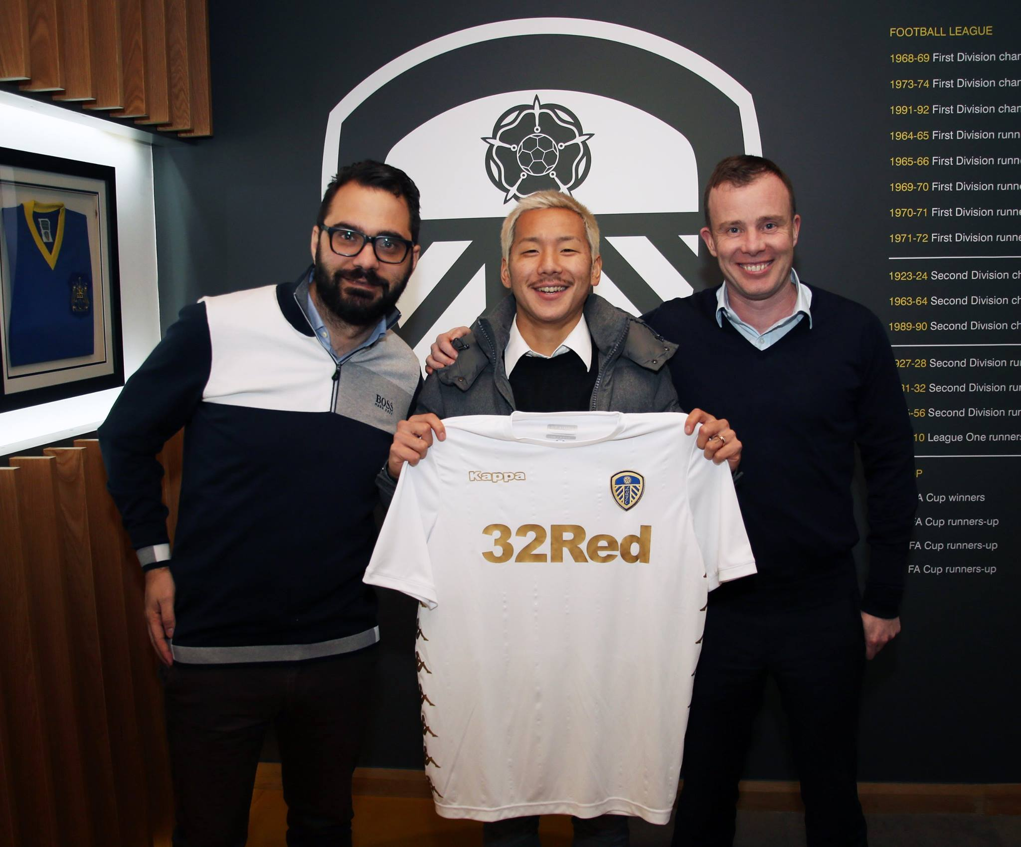 El primer día de Ideguchi en el Leeds United