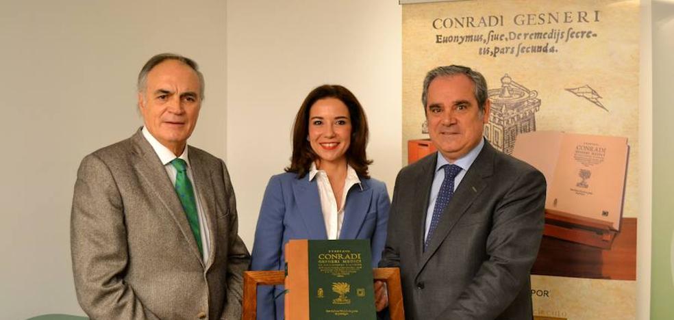 Presentan la edición facsímil del 'Tesoro de los remedios secretos', el primer tratado de la química farmacológica, cuyo original se custodia en Castilla y León