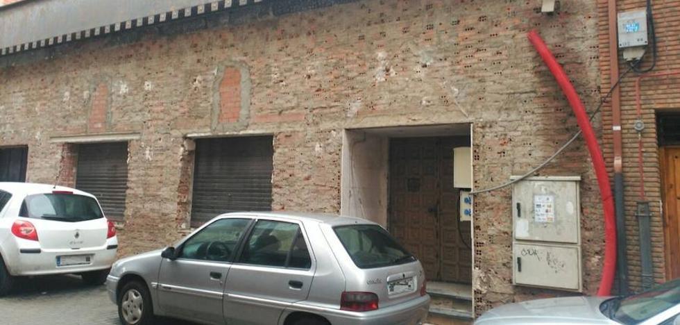 El PSOE denuncia el «despilfarro» de 250.000 euros en el Partenón y rechaza su uso como recinto ferial