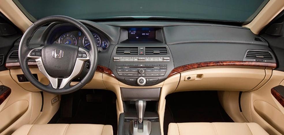 La venta de coches de segunda mano alcanza se eleva hasta 18.242 en el último año