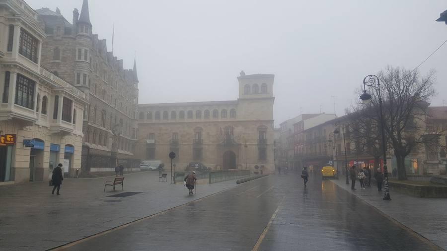 Las imágenes que la niebla deja en León