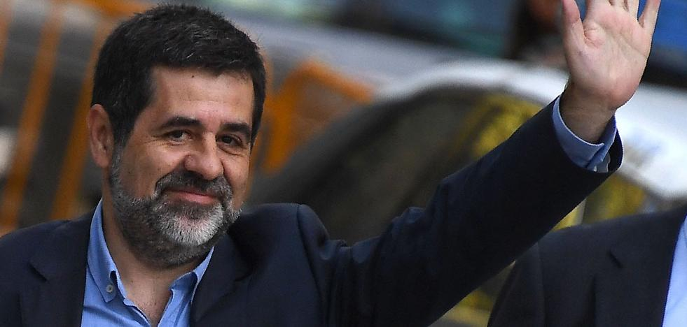 Jordi Sánchez acata por escrito la Constitución para salir de prisión