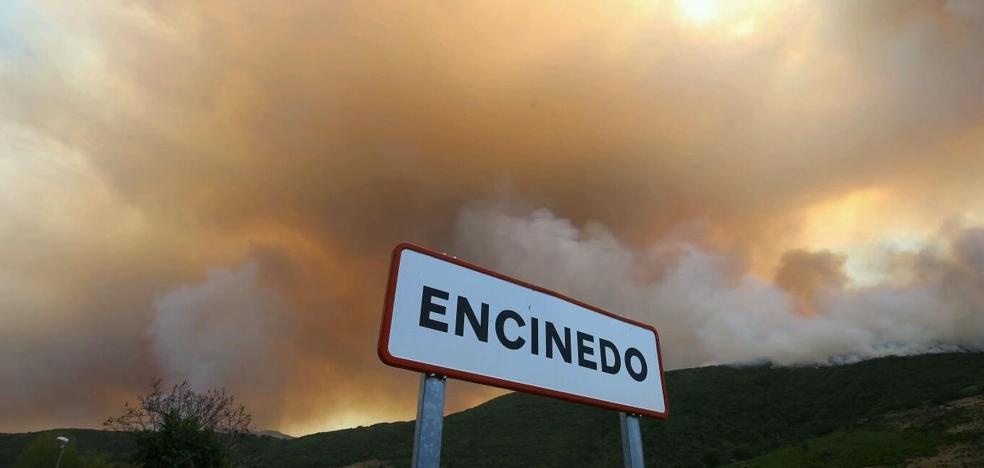 El PSOE de León pide a la Junta que atienda a los afectados por el incendio de La Cabrera