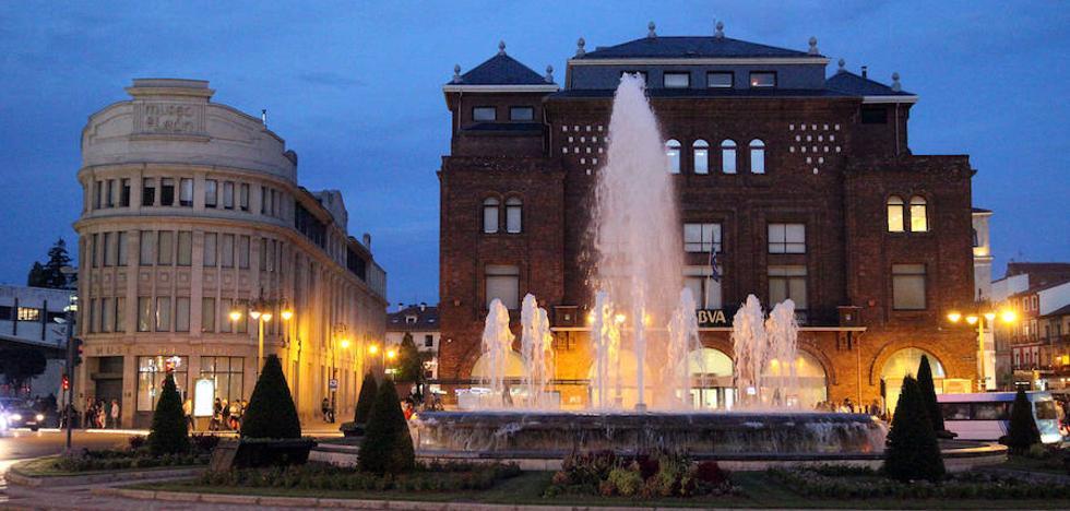 El Ayuntamiento ha adecuado diez fuentes ornamentales en 2017, con limpieza y renovación de motores
