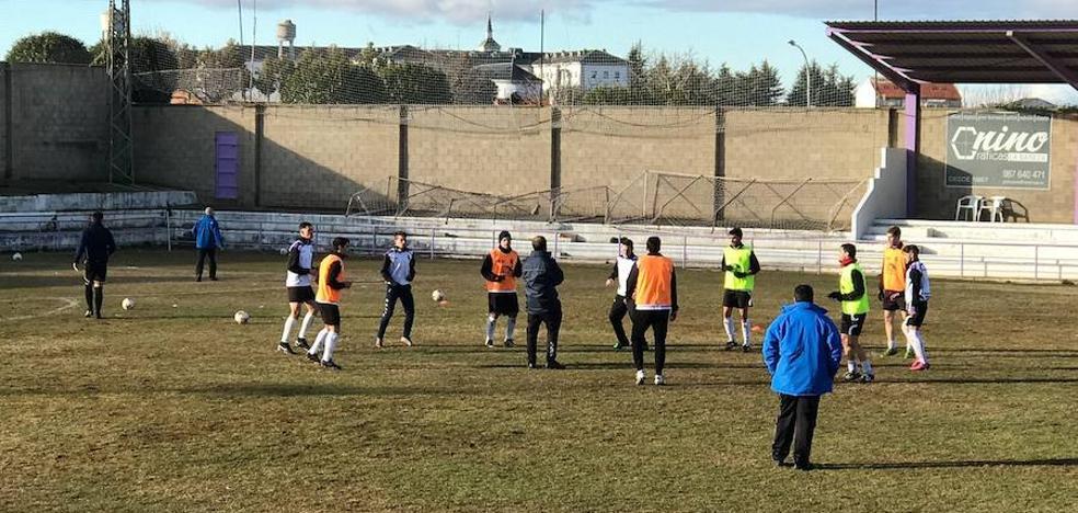 La Bañeza sigue superando rivales y nadie le para