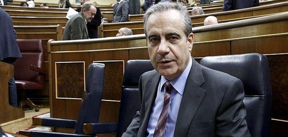 El exministro Celestino Corbacho abandona el PSC