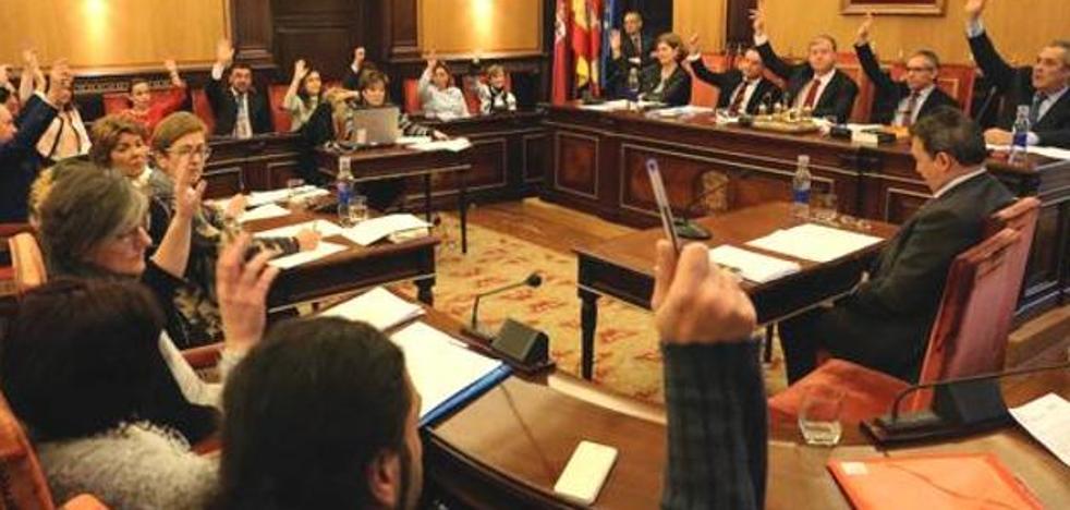El PSOE se queda 'solo' pero logra llevar a pleno extraordinario la Ciudad del Mayor