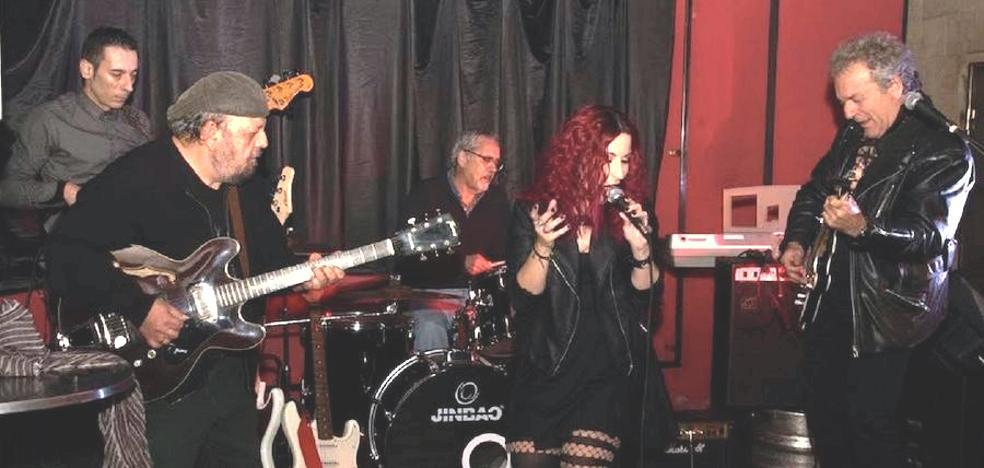 'Changai Blues Band' se presenta en el Teatro el Albéitar
