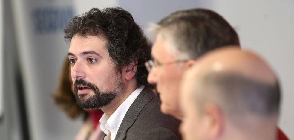 José Sarrión resalta que PP y PSOE han hecho «una escabechina» pactando en la Comisión de las Cajas