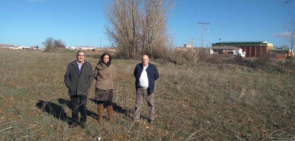 Santa María del Páramo da los primeros pasos para levantar su camping municipal