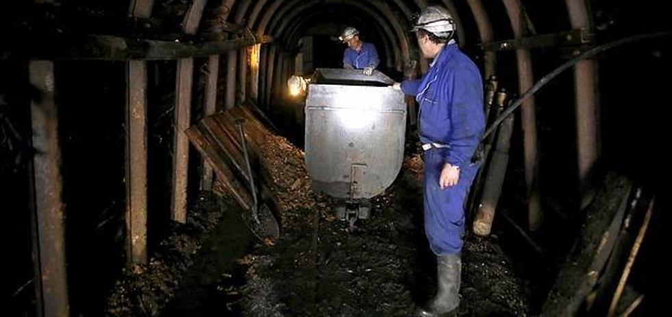 El Gobierno convoca para el 30 de enero la «esperada» reunión para abordar una solución al cierre desordenado del carbón
