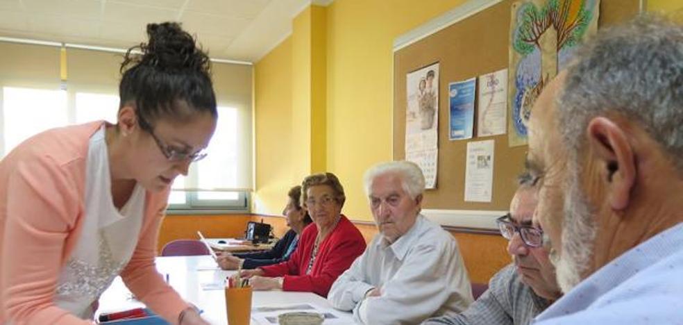 Alzheimer León formará como cuidadores a personas en riesgo o situación de exclusión social