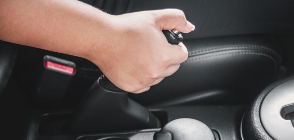 Juzgan al copiloto de un vehículo que tiró del freno de mano y provocó un accidente en Castrocalbón