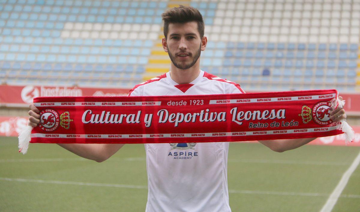 David García, presentado como nuevo jugador de la Cultural